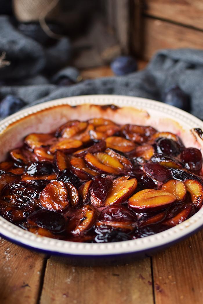 griesspudding-mit-pflaumenkompott-semolina-custard-with-plum-compote-13