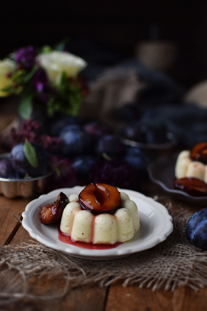 griesspudding-mit-pflaumenkompott-semolina-custard-with-plum-compote-17
