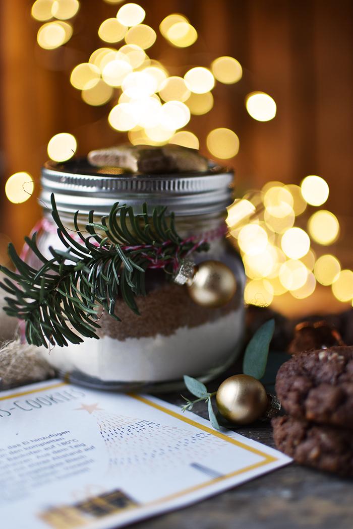 schoko-weihnachts-kekse-backmischung-12