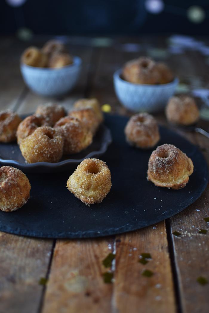 mini-gugl-berliner-mini-bundt-new-years-cakes-7