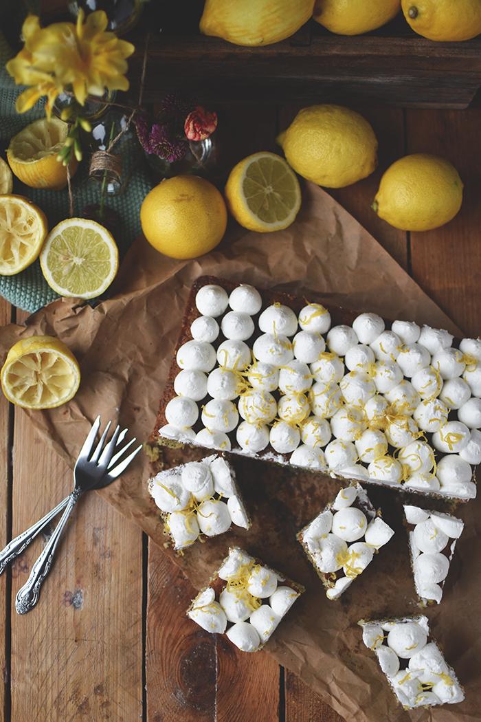 zitronen-mohn-kuchen-mit-quark-creme-14