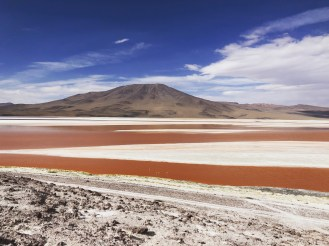 4 Laguna Colorada (Red Lagoon)
