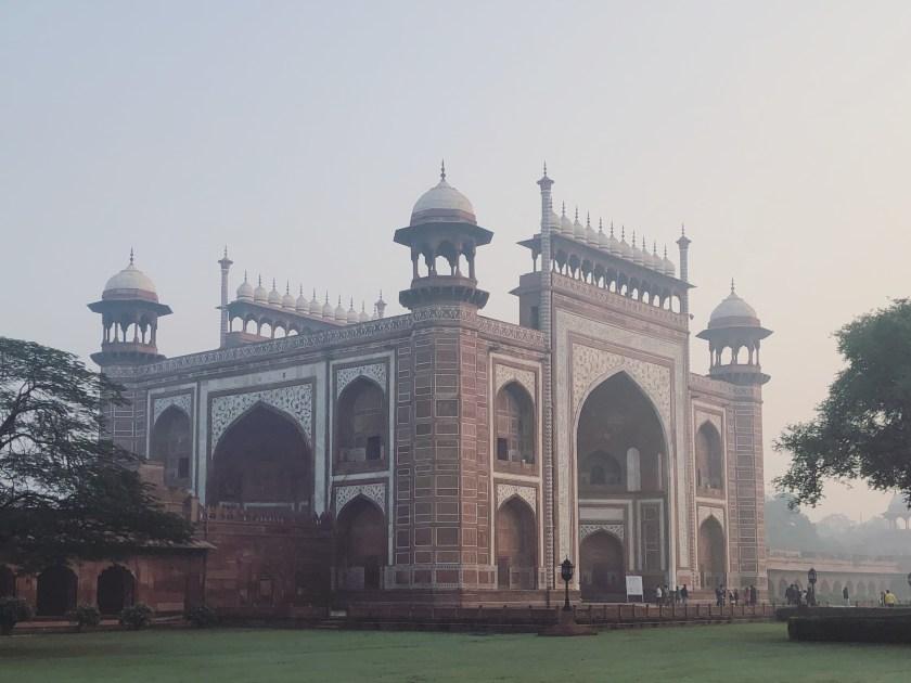 9 The Best Time to Visit Taj Mahal