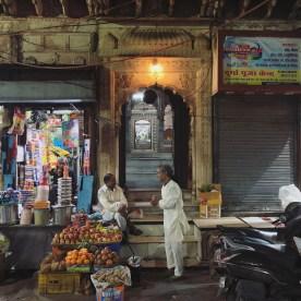 5 Jama Masjid and the Bazaar 2