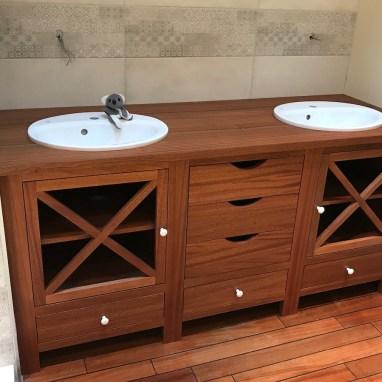 Meuble de salle de bain en Sipo