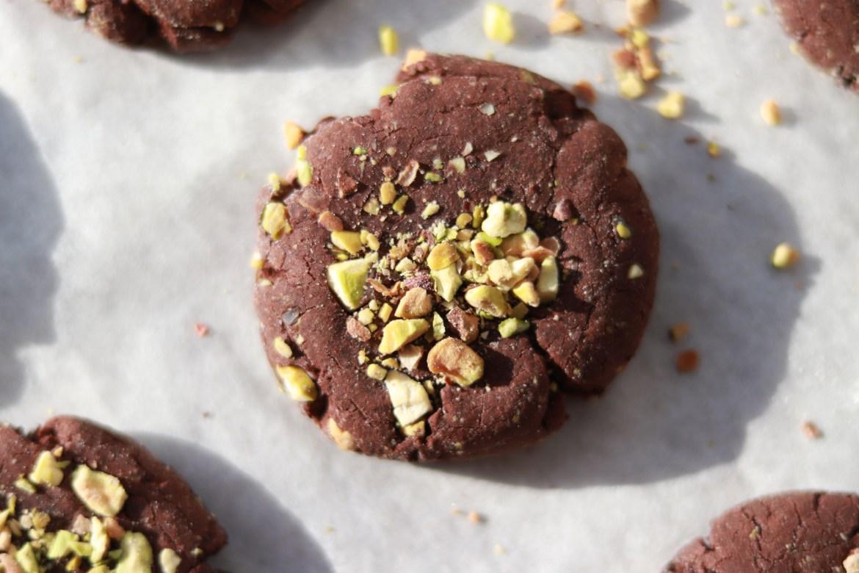 flourless_mocha_pistachio_cookies