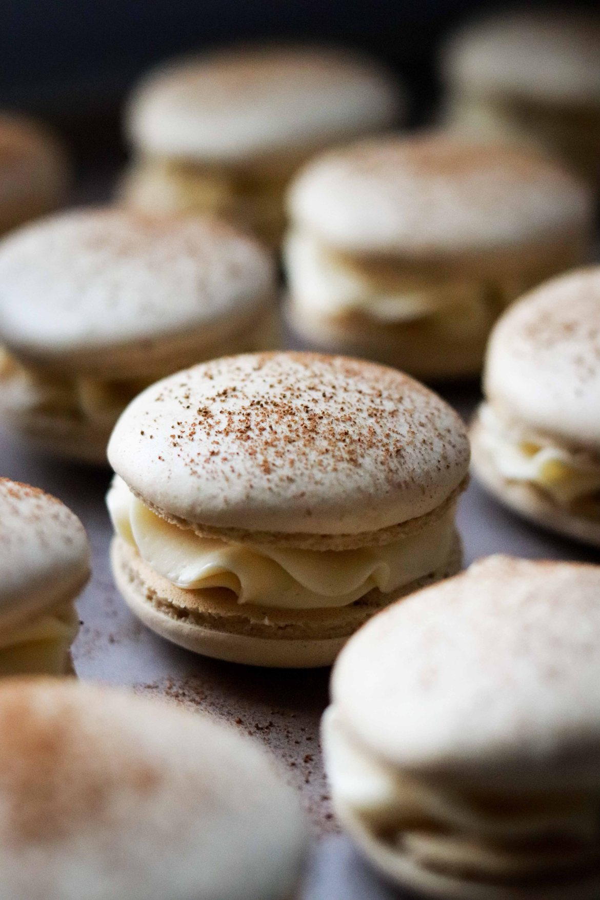 tiramisu-macaron-with-coffee-mascarpone-buttercream-filling2