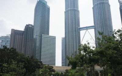 Se rafraîchir à KLCC Park, Kuala Lumpur.