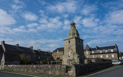 Le vieux clocher de Lancieux