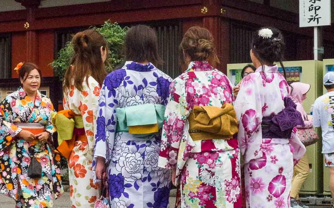 Yukata et kimonos colorés au Japon