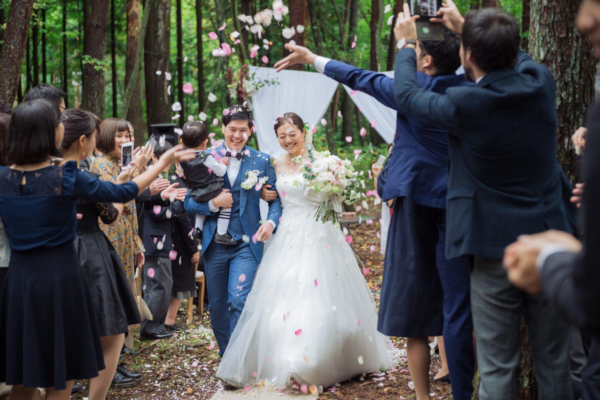 べるが(verga)での結婚式-花びら