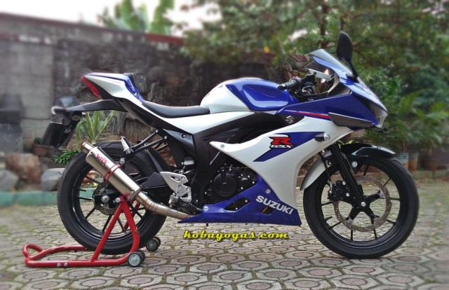 Suzuki GSX-R150 plus winglet