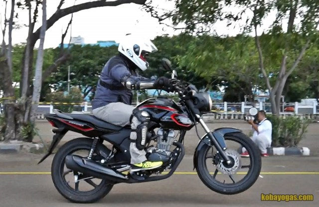TEST RIDE HONDA CB150 VERZA