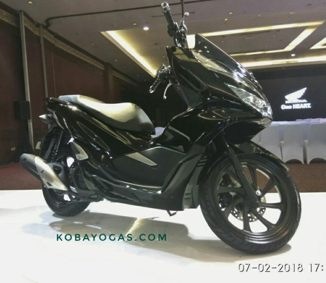 All New PCX 150 2018 Hitam