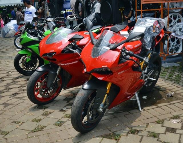 Panigale dan 898 Sportbike