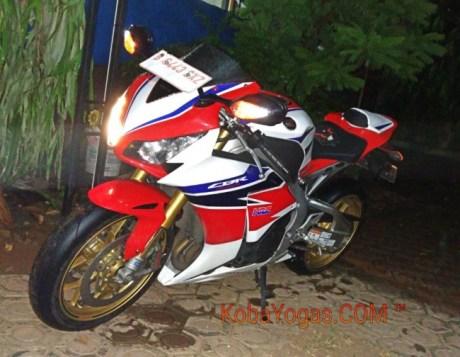 Honda CBR 1000RR SP Fire Blade