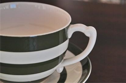 英国 T.G.GREEN 緑色のラインが愛らしい大きなカップ&ソーサー 1