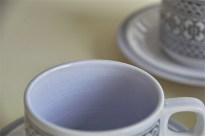 英国 ホーンジー(HORNSEA)コーヒーカップ&ソーサー × 3ヶセットで タペストリー柄 5
