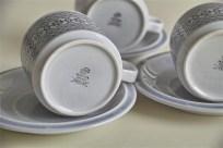 英国 ホーンジー(HORNSEA)コーヒーカップ&ソーサー × 3ヶセットで タペストリー柄 1