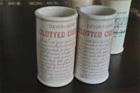 英国 クロテッドクリームボトル ピンク文字 1
