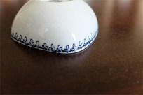 1950年代 ビョルン・ヴィンブラッド(Bjorn Wiinblad 1918-2006 )デザイン 可愛い四角のぽってりしたフォルムのマメ皿 楽器シリーズ 横笛