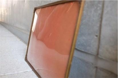 デンマーク製 アンティークフレーム 手吹きガラス製で凸型に湾曲しています A 1