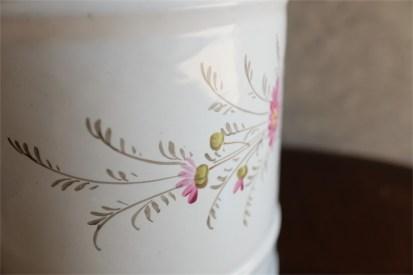 手書きの小花が魅力 アンティークホーローキャニスター 蓋なし 単品 ペンたてやキッチンツール入れに PEN 5
