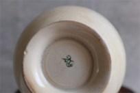 アンティークカフェオレボウル その56 メーカー不明 「29」と記載 ラベンダー(?)のガーランド柄
