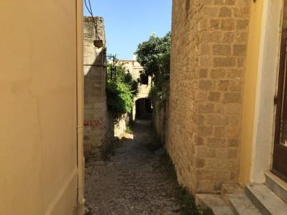 Tiny little alleys!