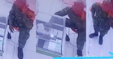 Guy Captured By CCTV Stealing iPhone 11 Pro at a phone shop - Video