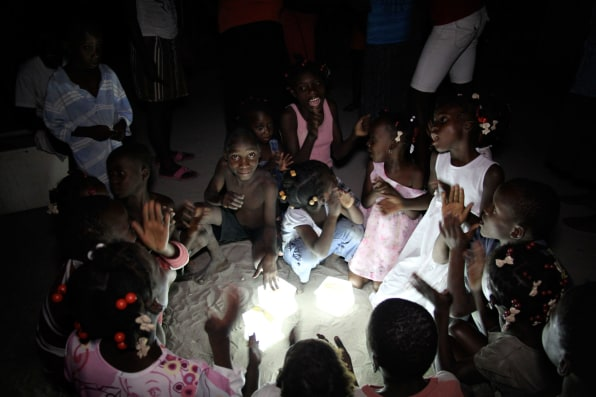 i-4-how-a-small-solar-light-is-saving-refugees-lives