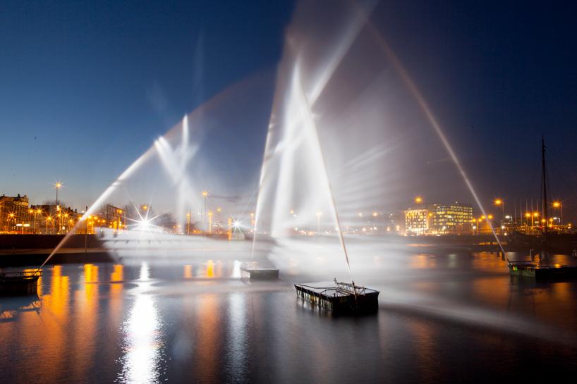 Ghost Ship_Amsterdam Light Festival_ kobi lighting studio 04