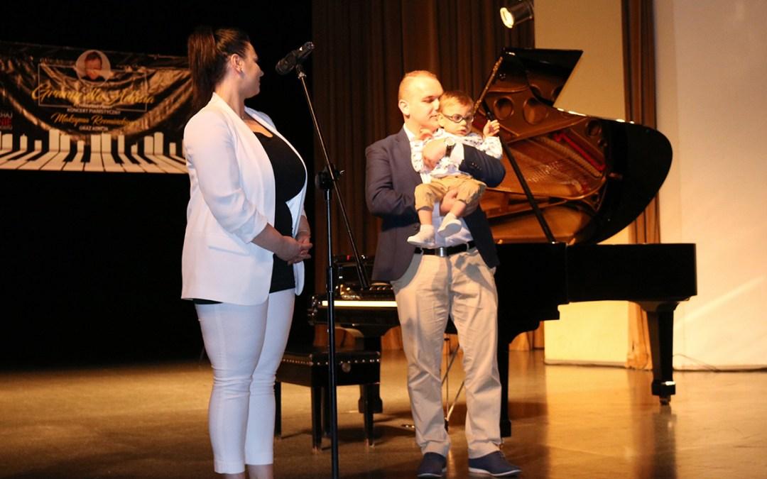 Charytatywny koncert pianistyczny dla Adasia – fotorelacja