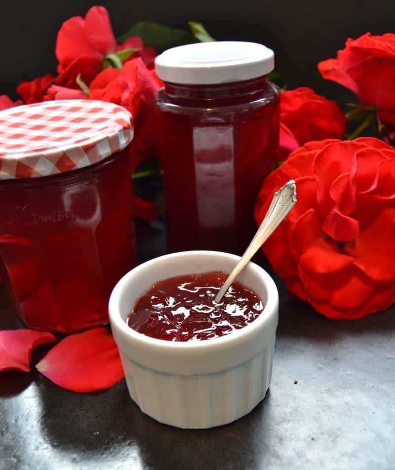 rosenblütengelee- mit- cote- de- provence-kochen-aus-liebe
