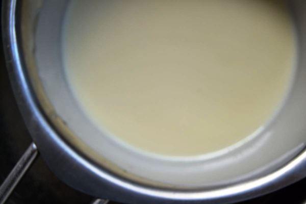 geschmolzene weiße Schokolade