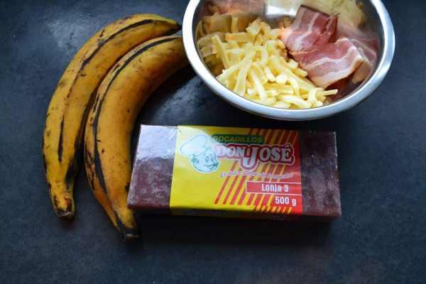 Bananen , Guavenpaste , Edamer , Bacon