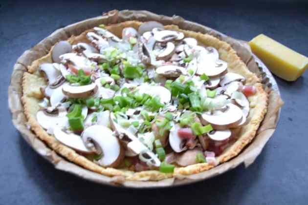 Quiche mit Pilzen und Bacon Lauch Champignon Tarte