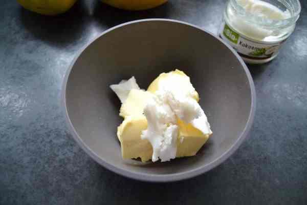 Butter und Kokosmus