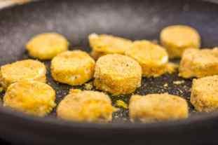 gebratener Ziegenkäse gebraten auf dem Bloggerday Food professionals