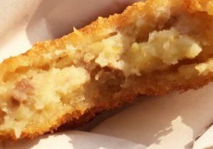 揚げたてをその場で食す!菜園場商店街の精肉店「とり丑」でコロッケを食べてきた!