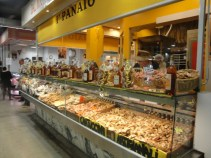 Tolle Knusperchen: Cantucchi in allen Variationen in der Markthalle Florenz