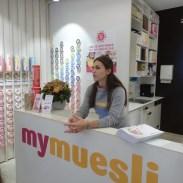 Die Dame erklärte das mymuesli-Konzept