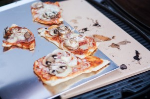 Pizza vom Grill 5