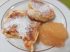 Und nochmal die Pfannkuchen mit Apfelmus