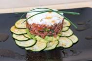 Lachstatar auf Zucchini-Carpaccio 5