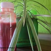 Blutorange-Erdbeer-Bananen-Smoothie