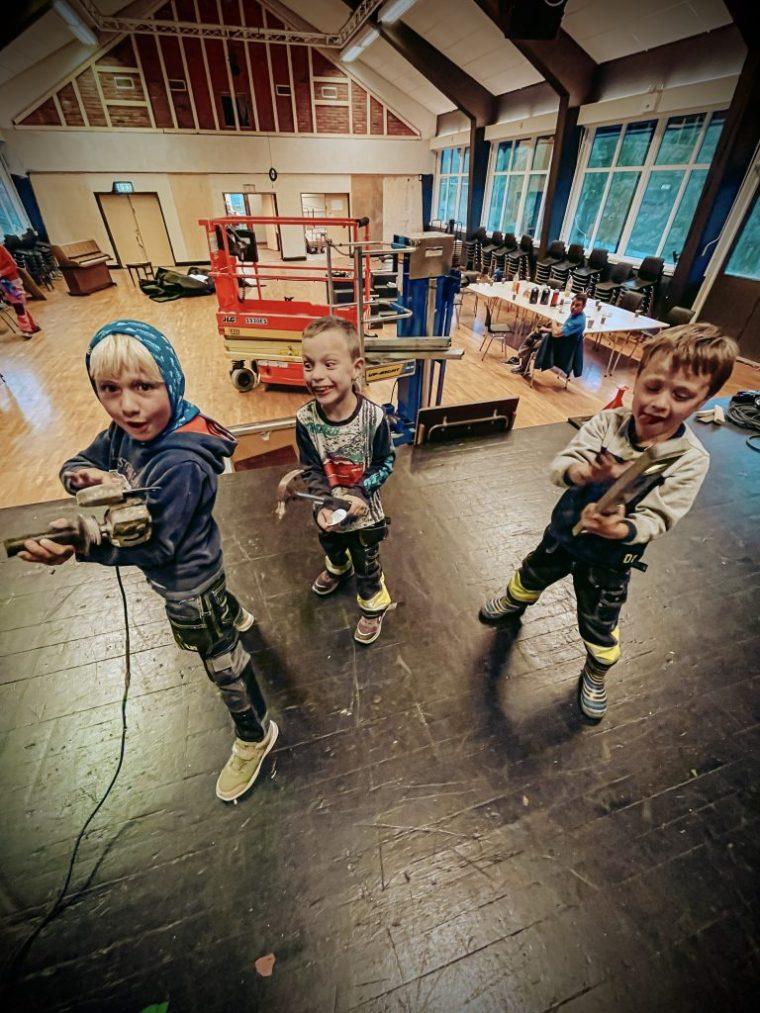 Kodal Ungdomslag pusser opp Kulturhuset Vonheim og opplever høyt lykketrykk.