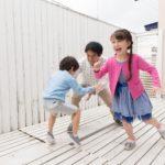 スキンシップで子どものストレスを軽減する3つの方法