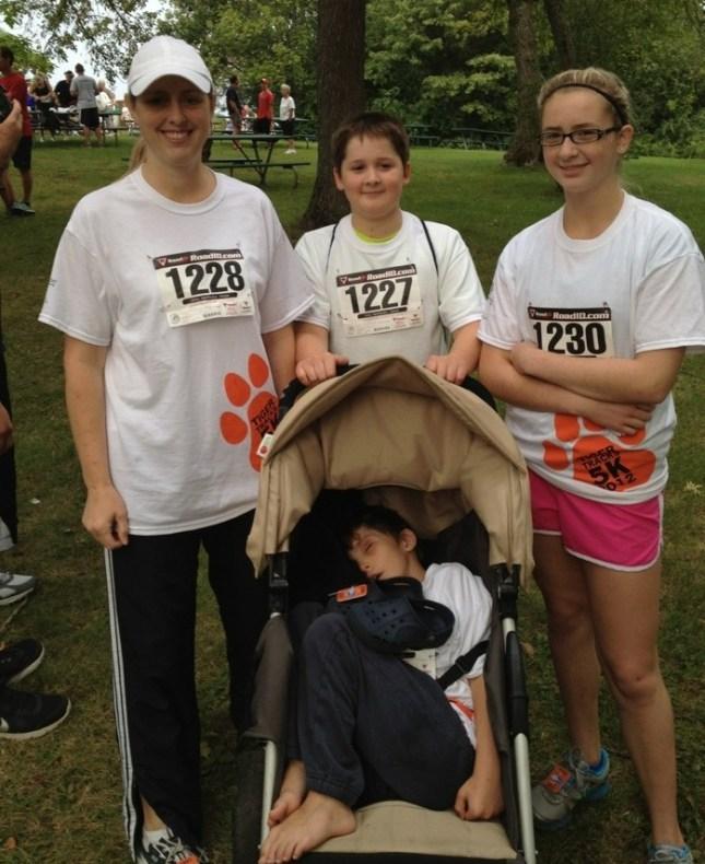 5K Run at MN Zoo, Tigars