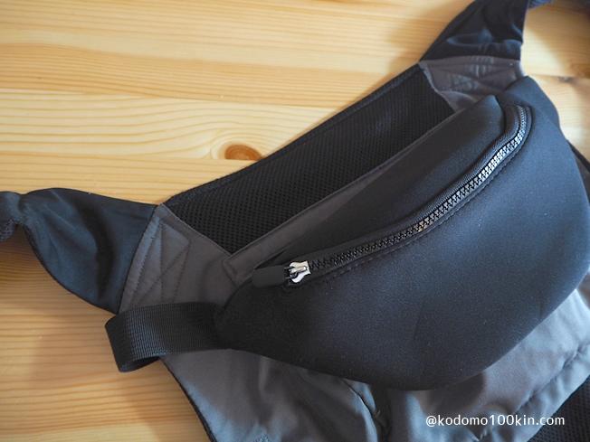抱っこ紐に収納ポケットを増やす 手の届きやすい場所に装着する